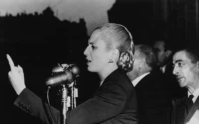 A Evita no se la puede encontrar en el cementerio sino en la militancia: 69 años inmortal