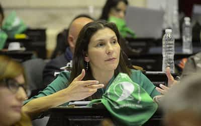 "Mónica Macha: ""Vamos camino a poder romper con el concepto de binarismo"""