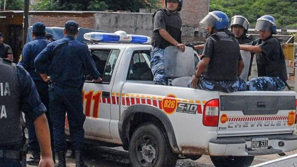 Brutalidad policial, le dispararon por la espalda sin razón
